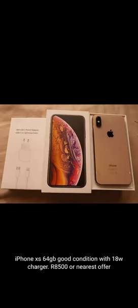 Iphone xs 64gb with box and 18w charger