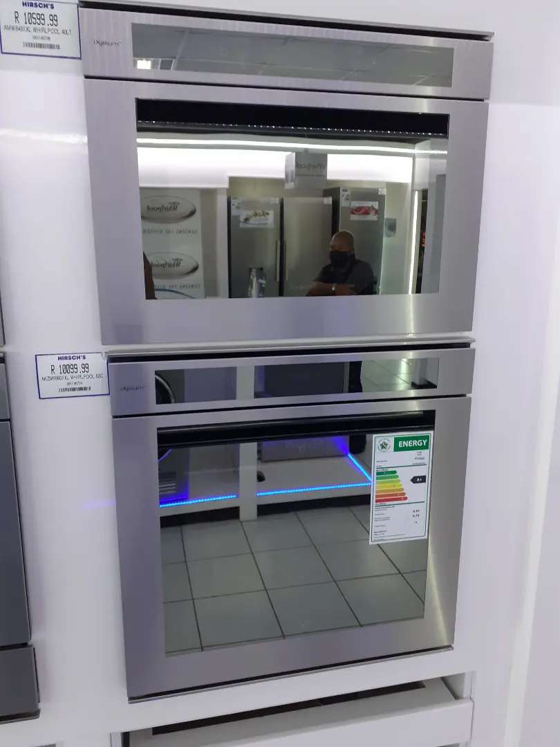 Whirlpool oven and microwave 0