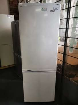 KIC Fridge and freezer