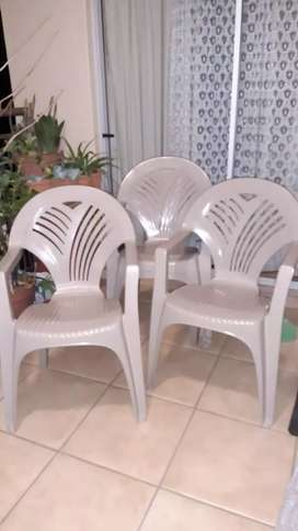 Plastic Garden chairs with arm rests - set of 4