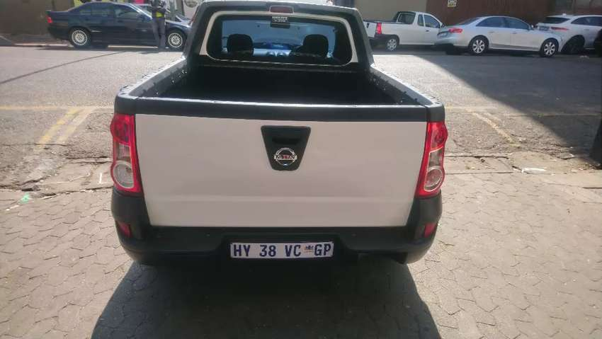 Nissan np200 at low price 0