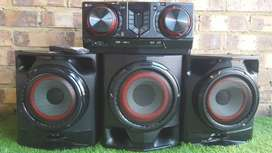 LG Hini Hi Fi Sound System with three speaker with remote