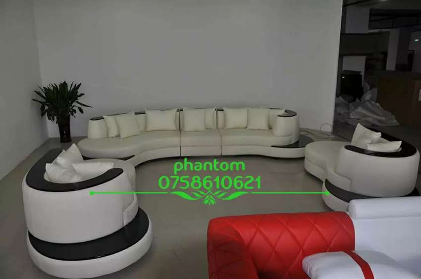 Semi Paul's couch (curved) available on order now 0
