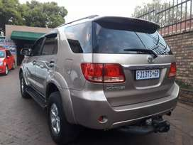Toyota Fortuner 3.0D4D 4x2 SUV Manual For Sale