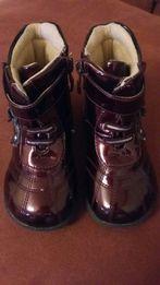 Ботинки сапожки деми лаковые