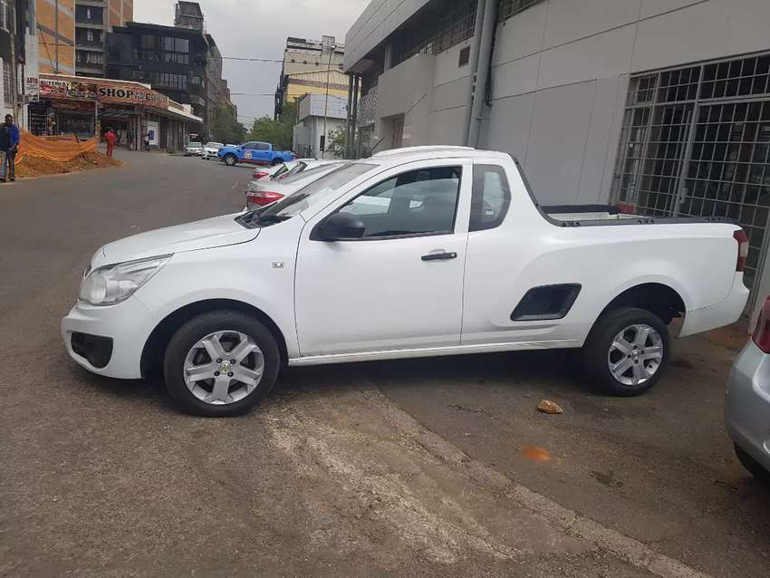 DIAKU AUTOS PTY LTD CAR'S Chevrolet bakkie 1.4 . 0