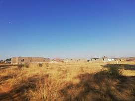 Vacation stands for sale in Elandsfontein 10min away Southgate mall