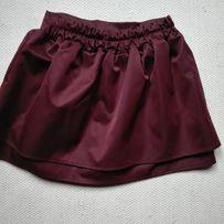 Modna rozkoszlowana spódnica z falbaną