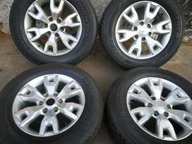 A set of 4x4 mag and Tyres for Ford Ranger 18 inch
