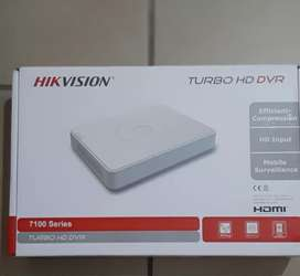 16 Channel Hikvision HD/Analog R2500