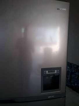 Sumsung uprite grey fridge for sell