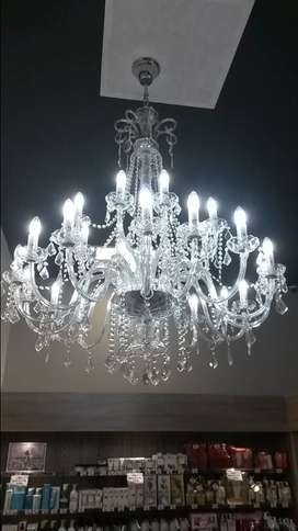Chandelier cleaning service