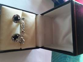 18ct white gold ring and earrings