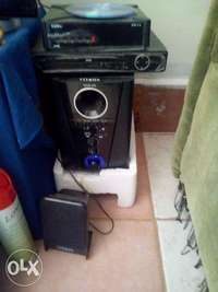 Dvd Player and woofer system 0
