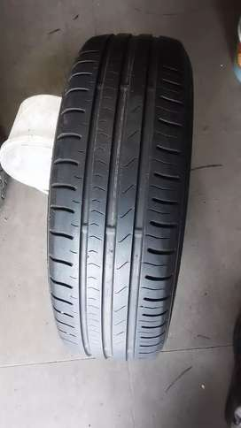 185/65R15 tyres 90% threads on