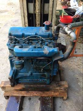 Ford 3000/4000 Tractor Engine