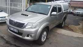 2010 Toyota Hilux 3.0 D4D 4X4 with Canopy