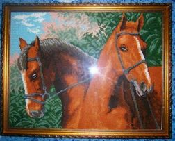 Картина вышитая (Лошади)