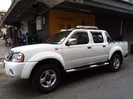 Nissan Hardbody 2.4  4x4 R10,5000 negotiable