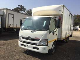 HINO 300-815 VOLUME BODY (AUTOMATIC)
