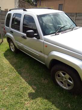 Jeep Cherokee Limited Silver papers in order licence behind
