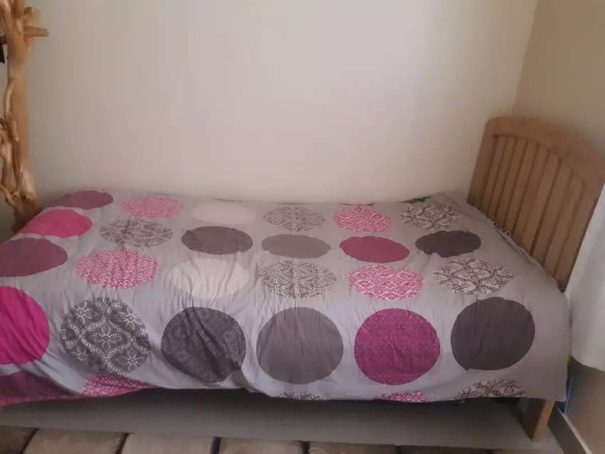 3*6 bed with matress and duvy 0