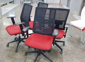 Office Chairs: Accent Oper Chair 1D Arms Single Lock