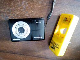 Продам фотоапарат разом з зарядкою для батарейок