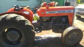 Tractor  for sale !!contact Kellie