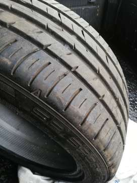 225/45 /17 Dunlop tyre for sale