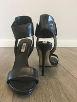 Buty GUESS buty szpilki sandały rozmiar 38