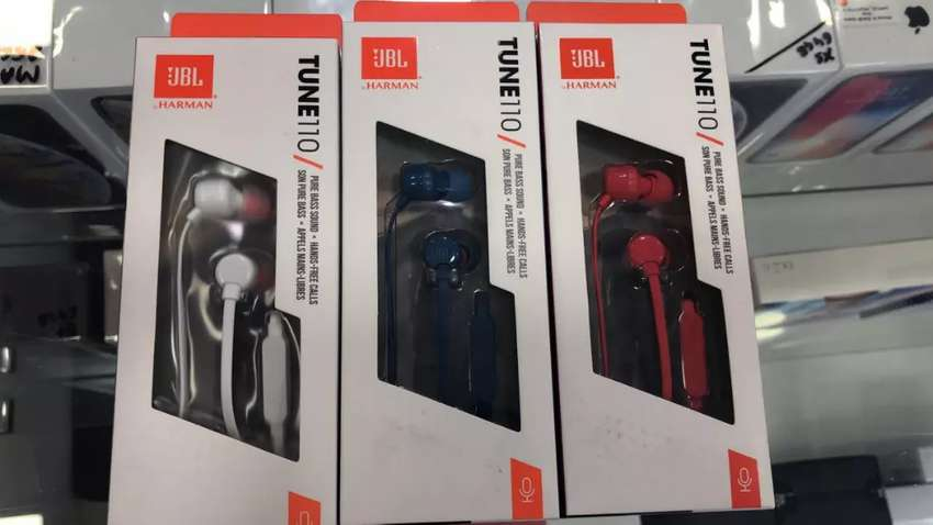 JBL Tune 110 Earphones 0
