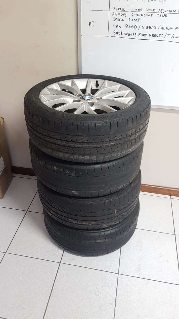 """BMW original 17"""" rims with run flat tires for sale. 0"""