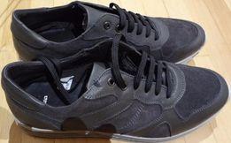 мужские кросовки фирмы Bata