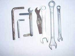 Продам набор технических ключей