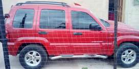 Aircon, electronic windows, leather seats,power steering 15300