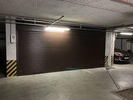 Гараж в подземном паркинге Бажана Осокорки Позняки Помещение