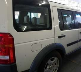 Land Rover Used Spares - Discovery 3 quarter section
