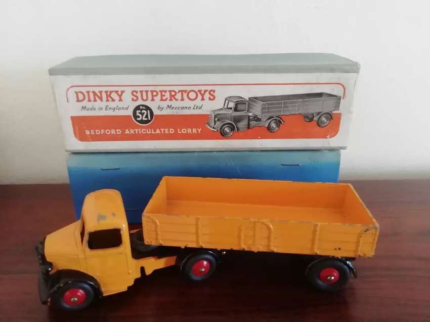 Dinky 521 Bedford Articulated lorry 0
