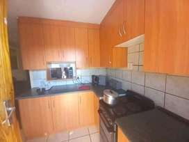 Ext2 Rental R4k no other Tenants in the Yard