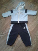 Продам спортивный костюм 9-12 м