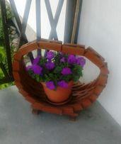 koszyk z drewna do kwiatow