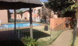 1 bed ground floor pet frindly flat for sale 450k