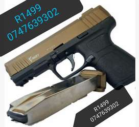 BLANK GUNS R1499 WITH 5 free blank rounds 1st 10 customers