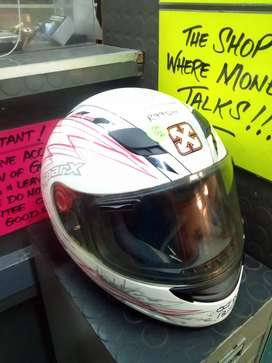 White lightning Helmet 156Oct20