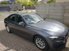 BMW 320i A/T (F30) at a great price!