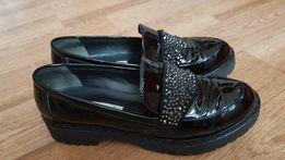 Продам туфли в состоянии новых р.38