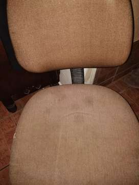 USED DESK CHAIR FOR SALE