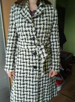 Elegancki płaszczyk r.L śliczny