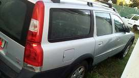 Volvo xc70 cross petrol for parts engine parts also available